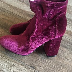 Abound maroon velvet boots
